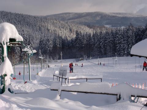 Sjezdovky, lyžování pod Pensionem Martin v Krkonoších, ubytování u sjezdovky, u vleků